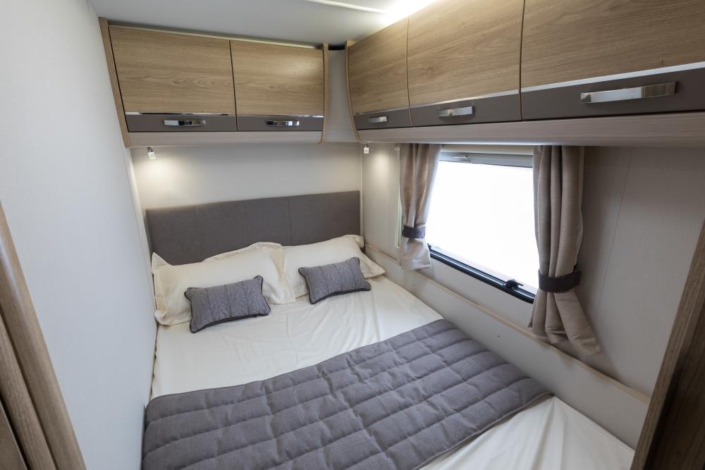 Walnut Whip Ivory Elddis Avante 860 Caravan Fitted Sheet White