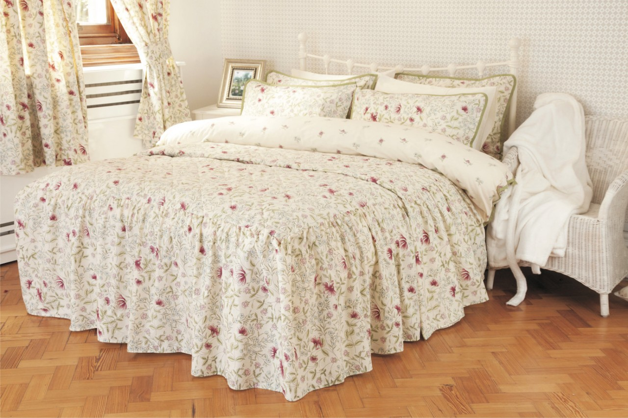 Country Cottage Bedding Set By Belledorm
