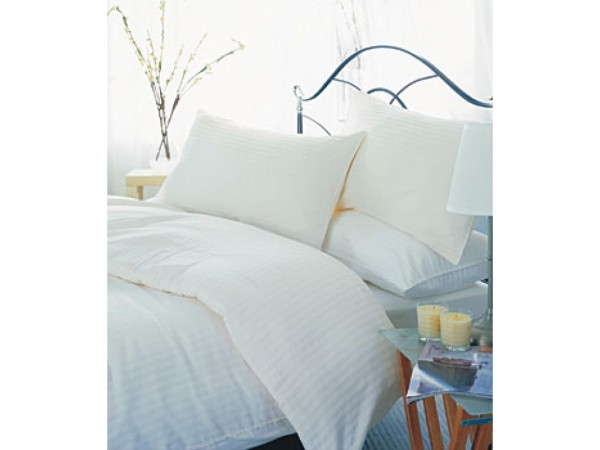 Belledorm 550 Thread Count Satin Stripe Egyptian Cotton Flat Sheets