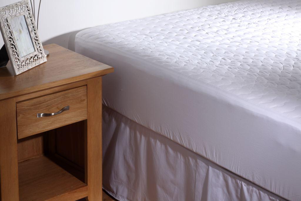 Swift Conqueror Caravan Fixed Bed Mattress Protectors